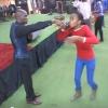 Un pasteur Sud Africain fait boire à ses fidèles du pétrole (VIDÉO)