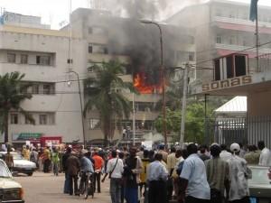Incendie d'un immeuble à Kinshasa Photo citizenside.com