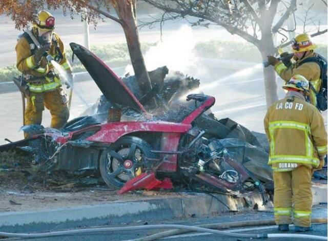 accident_scene_Paul_walker