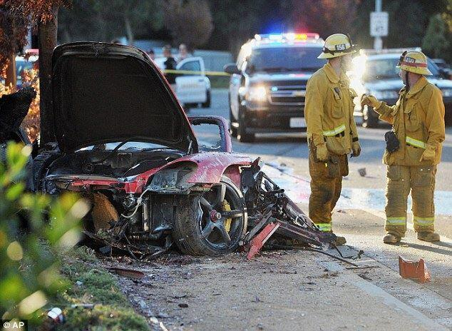 accident_scene_Paul_walker_2