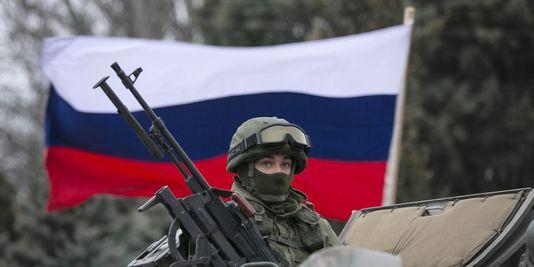 4376201_3_43d1_soldat-russe-sur-un-vehicule-blinde-a_d8dbac7f7f886aae9c9779f8f3166df7