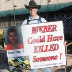 Etats-Unis : La pétition pour l'expulsion de Justin Bieber attire près de 300 000 signatures.