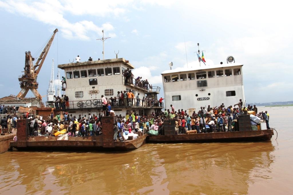 """Résultat de recherche d'images pour """"bateau kinshasa brazzaville"""""""