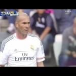 [Football] Même pour un match de gala, Zidane est toujours au top. Regardez !