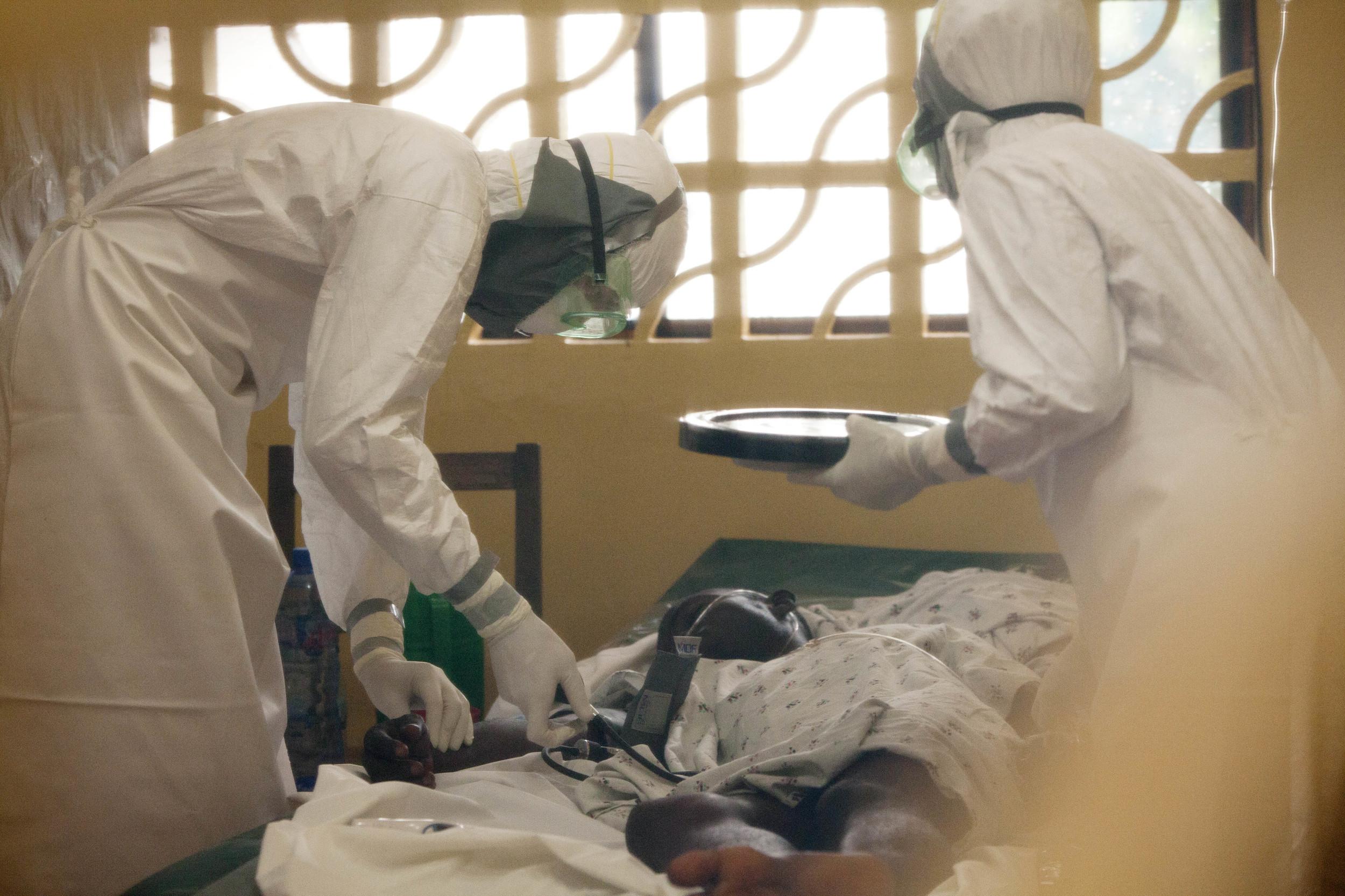 ebola-american-doctor-1
