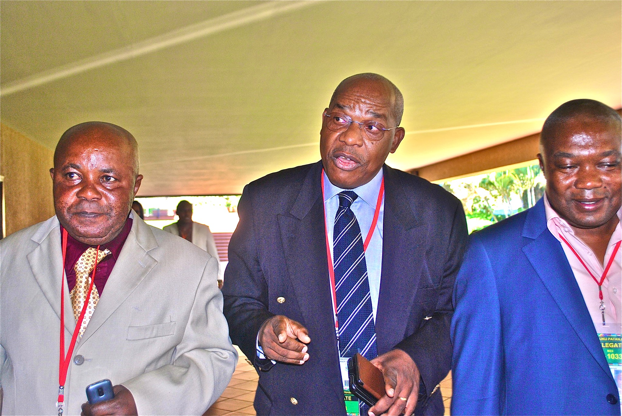 Francois Mwamba au milieu et les ex-M23 Kambasu Ngeve(gauche) et Ady Patanjila(droite)/Photo Magloire Paluku Kampala 2013