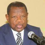 Dialogue politique : Lambert Mende dénonce les contradictions des positions de l'UDPS