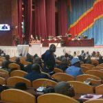 Chaos au Parlement après le rejet d'une motion incidentielle contre l'investiture du gouvernement Tshibala