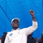 """Valentin Mubake à Fayulu : Arrêtes de danser partout! Le Congo n'a pas besoin des danses"""""""