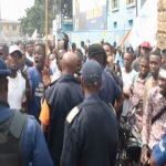 [VIDEO] URGENCE!! POLICE CONTRE BA MILITTANTS YA MLC ET LAMUKA, BA BABOYI MARCHE