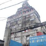 """Constructions anarchiques à Kinshasa : Le proprietaire de l'immeuble """"Tour de Babel"""" de Limete interpéllé par le ministre de l'urbanisme"""