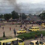 Kinshasa : Manifestation devant le siège de l'UDPS après la disparition d'un avion transportant des garde-corps et du materiel de la Présidence