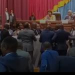 Assemblée nationale : Le ministre de l'interieur agressé physiquement par deux élus du Kongo Central