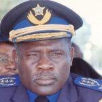 Nouvelles nominations au sein de l'armée : Le général John Numbi désormais sans fonction