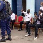Kinshasa : Martin Fayulu a exigé à la police de remplacer les pneus de sa voiture crévés par les forces de l'ordre lors de la manifestation, chose faite