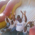 Kinshasa : Bethy pitilo, cadre de la DCU et président de Debout Mont Amba a préféré passer la fête de la nativité avec les orphélins
