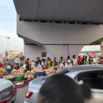 """Kinshasa : Des """"marchés"""" se forment autour des Sauts-de-mouton"""