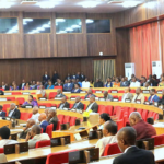 Sénat : Le Président du bureau d'âge invite Tambwe Mwamba à prendre part mardi à le cérémonie de remise et remise