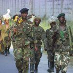Kinshasa : 257 personnes arrêtées, 56 machettes et 17 armes de guerre saisies lors d'un bouclage au camp Kokolo