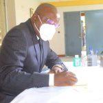 Décès de Mgr Mosengwo : Aubin MINAKU a signé le registre des condoléances au centre Lindonge