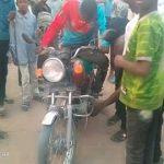 Lomami : Une collision entre motos fait un mort et trois blessés graves à Mwene-Ditu