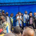 Mboso N'Kodia devant la foule à Masina : Je vous rassure qu'il y aura élection en 2023, je viendrai avec Fatshi Béton
